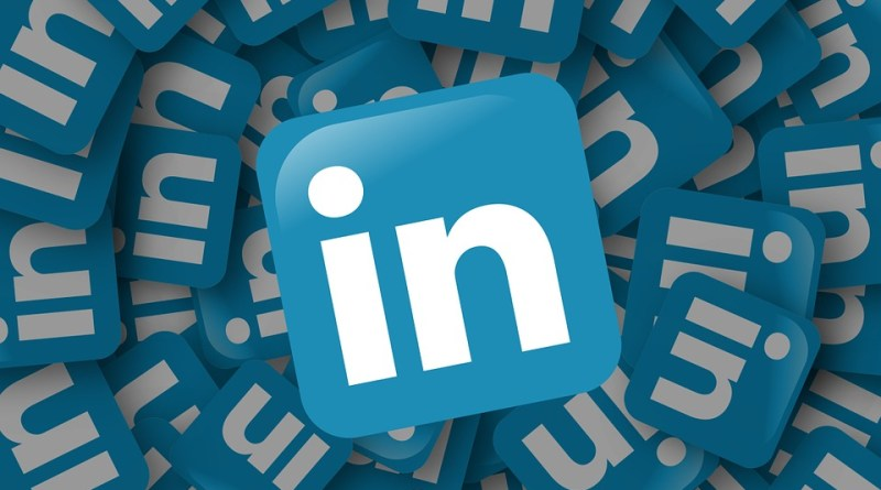 LinkedIn notification features