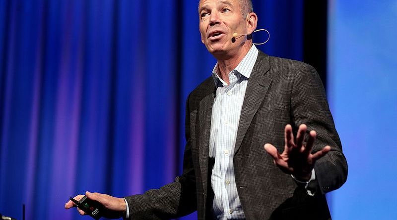 Marc Randolph predicts no Netflix ads