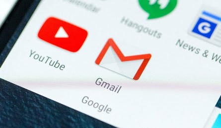 New Gmail Cards Summarize Key Purchases and Flight Details on Android and iOS Apps