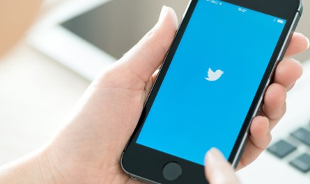New Twitter Conversation Mode Debuts on iOS and the Web