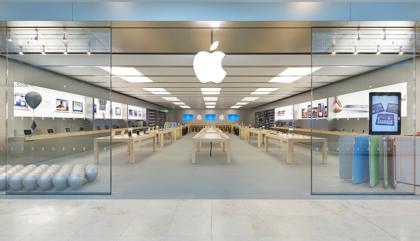 Court Approves Lawsuit against Apple for Allegedly Lying about Poor iPhone Sales