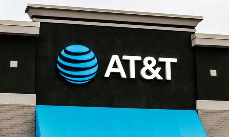 AT&T and T-Mobile Object to FCC's Proposal to Require Test Drives