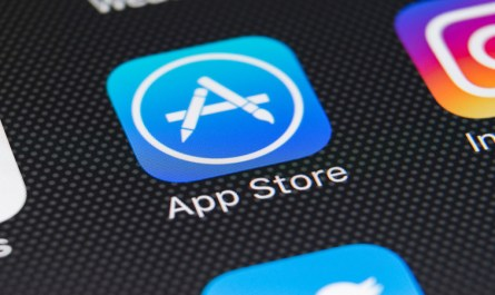 Apple Updates its Developer Policy to Allow 6-Month App Pre-Orders