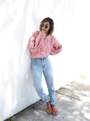 Pink sweater outfit