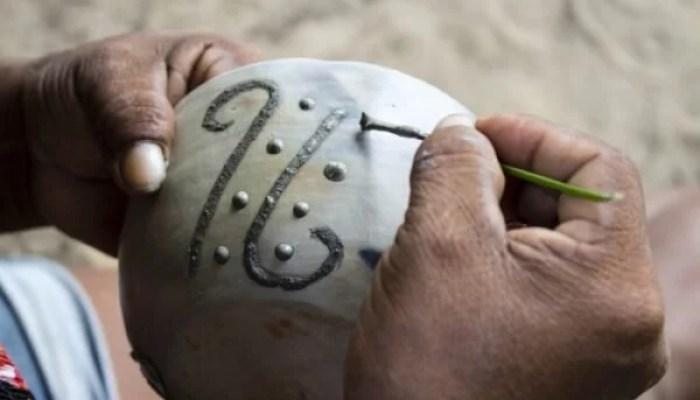 Cerâmica Mulheres indígenas