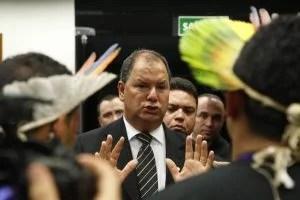 parlamentares anti-indígenas