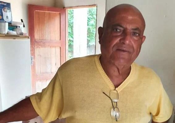 Pé-de-Ferro, zagueiro do Formosinha, campeão formosense de 1970