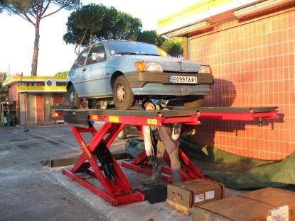 Broken Car : Diesel instead of Fuel