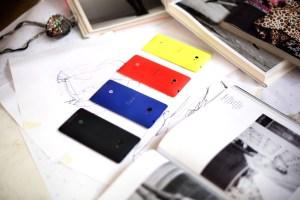 Le HTC 8X: un design coloré et réussi.