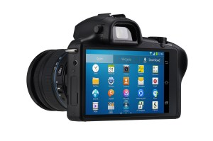 Le Samsung Galaxy NX: un compact avancé propulsé par Android 4.2.