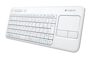 Le Logitech Wireless Touch Keyboard K400 possède un pavé tactile. Test.