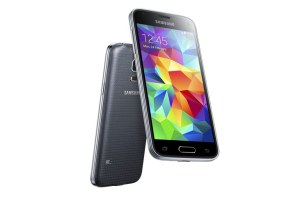 Le Samsung Galaxy S5 mini.