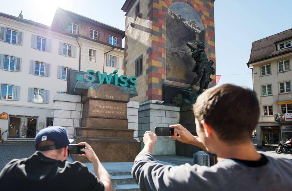 Campagne photo originale en faveur du «.swiss».