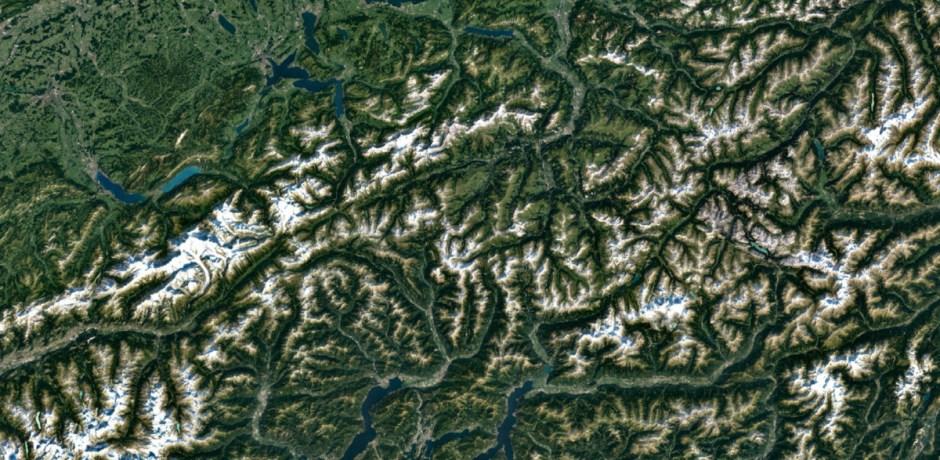 Les Alpes suisses sur Google Earth et Google Maps.