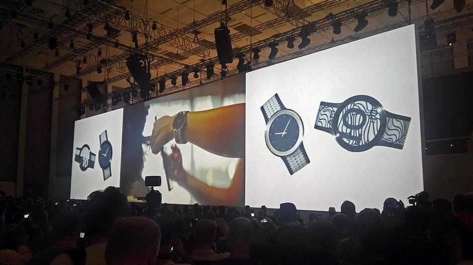 Sony a présenté la Fes Watch U à Berlin.