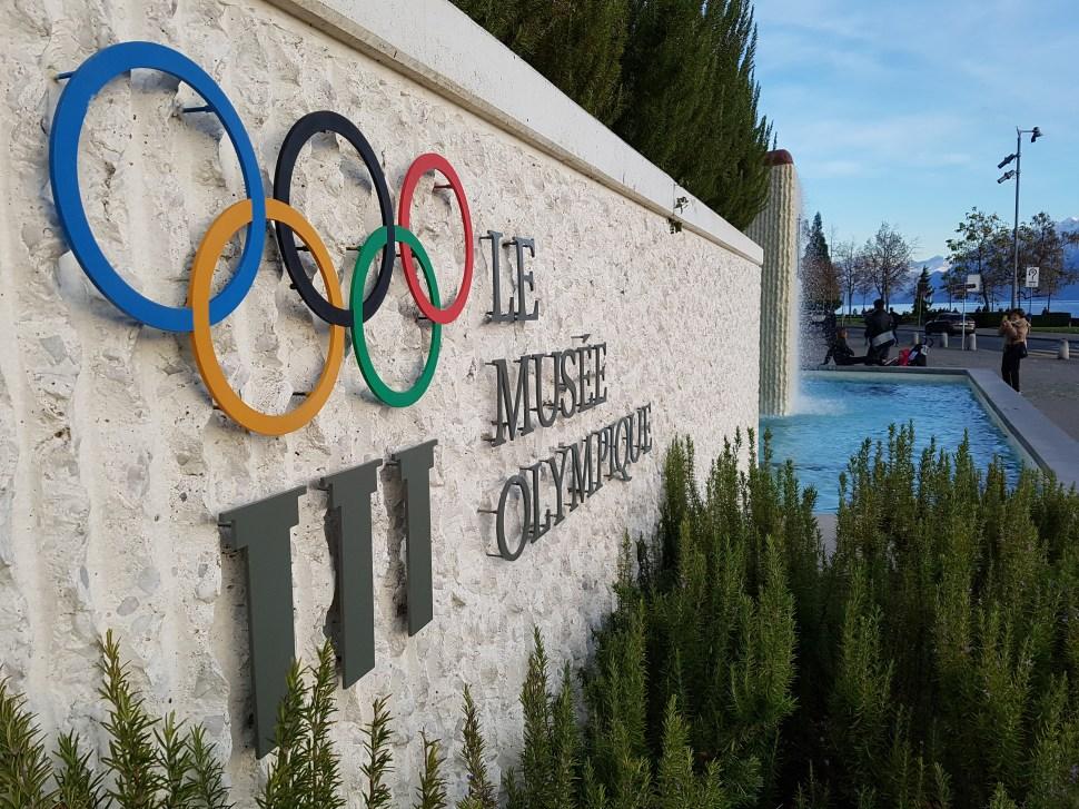 Olympique, Pierre de Coubertin ne disait-il pas «l'essentiel est de participer»...