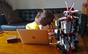 La leçon numérique de Lego, Märklin et autres fabricants de jouets intelligents…