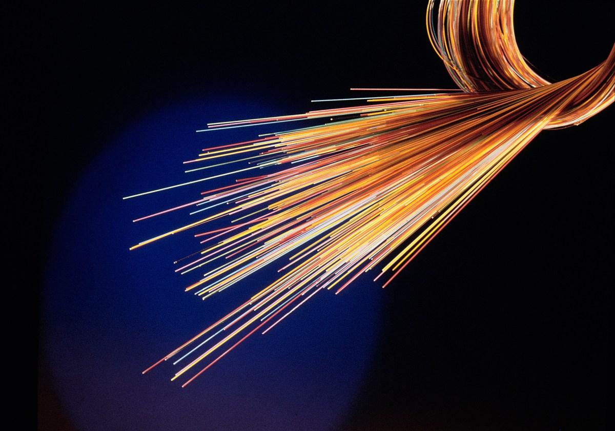 En France, Orange mise toujours sur la fibre optique.