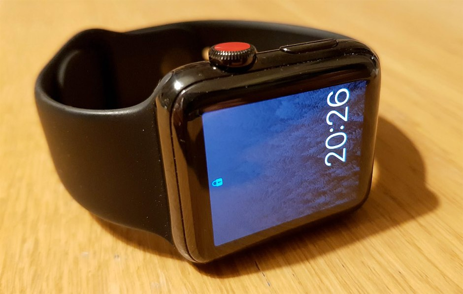 L'APple Watch Cellular 4G et son bouton rouge arrive chez Sunrise et Swisscom.