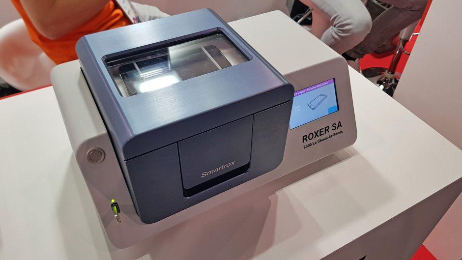 Le Suisse Roxer vient en aide aux fabricants de smartphones en quête d'étanchéité.