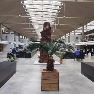 Station F à Paris: un lieu dédié à l'entrepreneuriat.