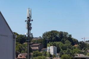 Nouvelles fréquences mobiles? Les concurrents de Swisscom grognent!