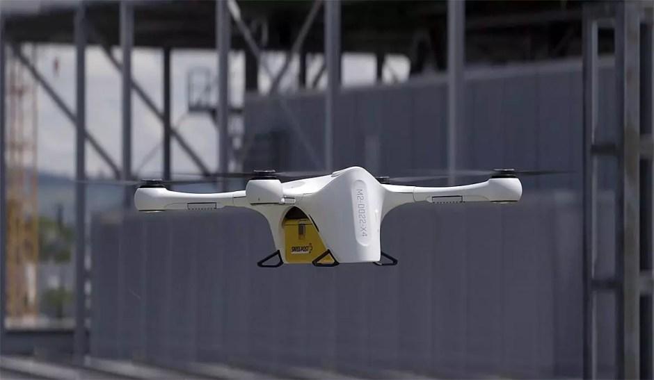 La Poste teste des drones à Berne.