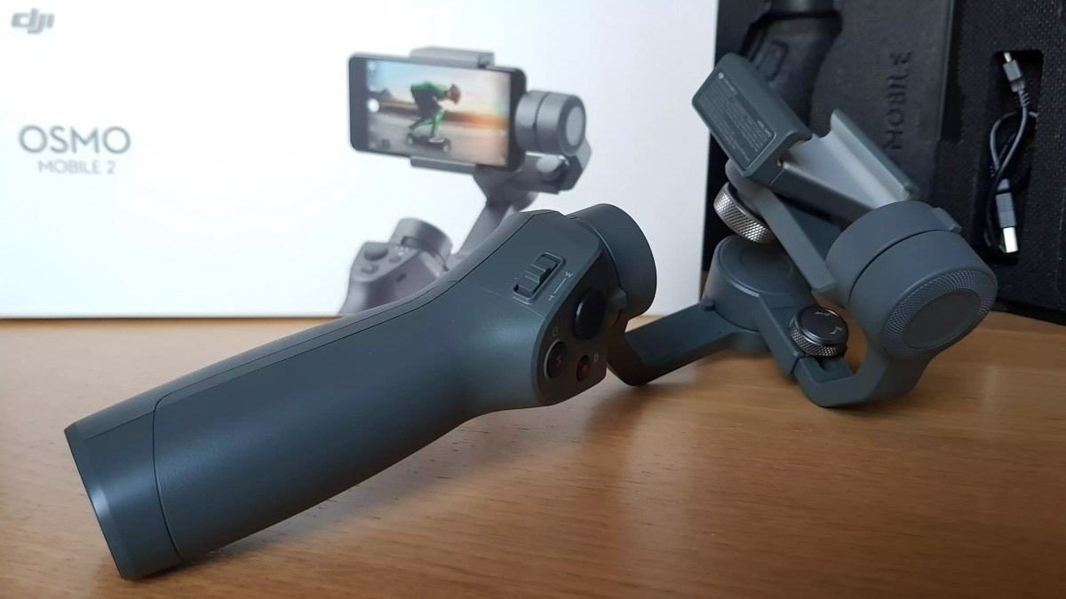 Dji Osmo Mobile 2: un ensemble plutôt volumineux.