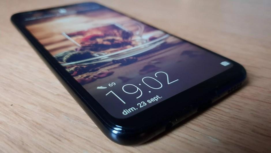 L'écran Full HD+ du Huawei Mate 20 Lite.