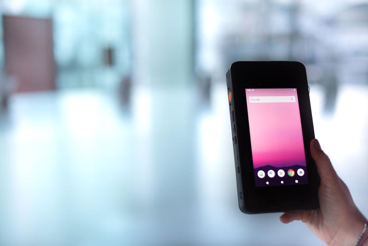 Swisscom communique sur un prototype de smartphone 5G utilisant une puce Qualcomm.