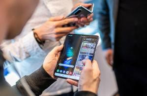 Read more about the article Samsung reporte le lancement de son pliable, le Galaxy Fold