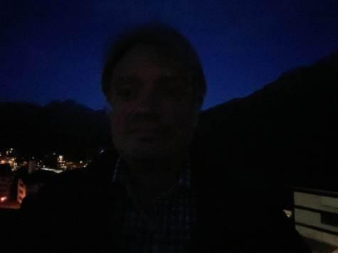 Apple iPhone 11 Pro Max: selfie nocturne.