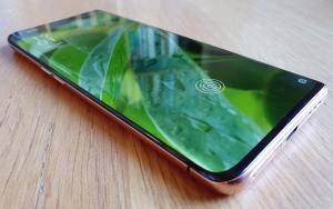 High-tech: prise en main et début du test de l'Oppo Find X2 Pro