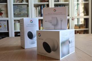 Le kit Google Nest avec batterie.