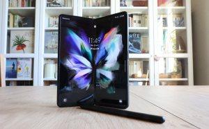 Read more about the article High-tech: le test multimédia du copieux Samsung Galaxy Z Fold3 et de son stylet