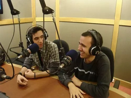 Παραγωγοί εκπομπής Users για games στον Sentra FM 103.3