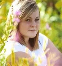 Φοιτήτρια οδηγούσε, σέρφαρε στο Facebook, τράκαρε και έχασε τη ζωή της!