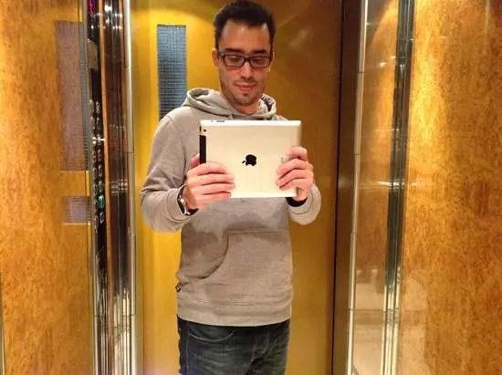 Αυτοφωτογράφιση με το νέο iPad