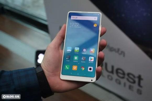 Xiaomi Mi MIX 2 hands on 2
