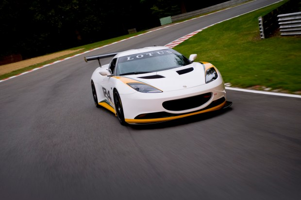 lotus_evora_type_124_front_3qtrs_moving_3