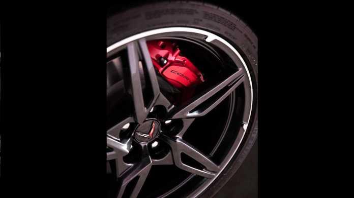 2020-chevrolet-corvette-stingray (13)