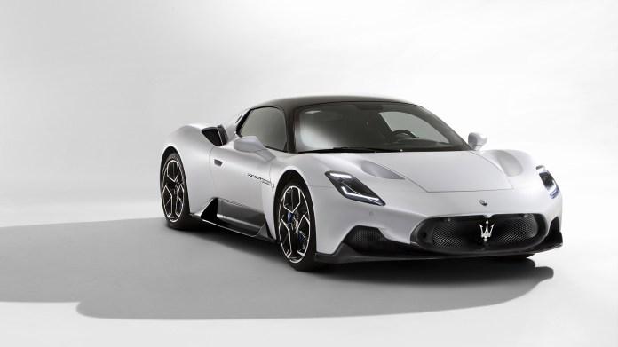2021-Maserati-MC20-005-1080