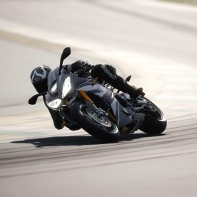 Ride-4-Ultimate-2020-Triumph-Daytona -765-Moto2-2020-001