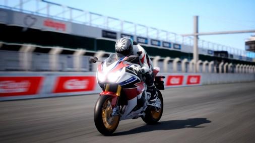 Ride-4-2015-Honda-CBR-1000RR-Fireblade-001