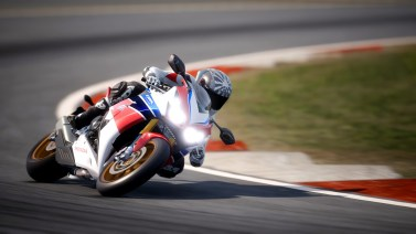 Ride-4-2015-Honda-CBR-1000RR-Fireblade-010