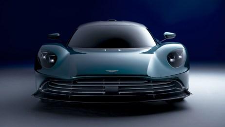 2022-Aston-Martin-Valhalla-002-1080
