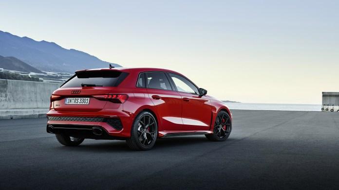 2022-Audi-RS3-Sportback-007-1080
