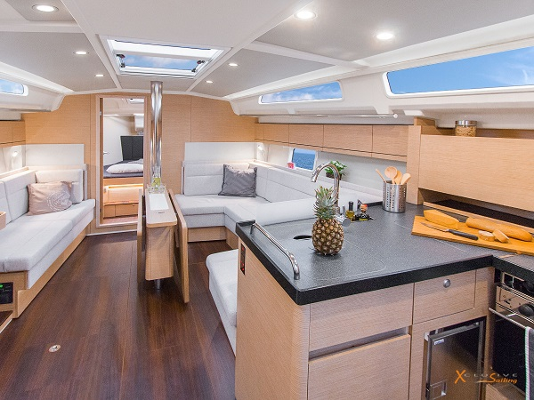 Sailing Yacht Hanse 418 • All-in Charter • Cool Breeze