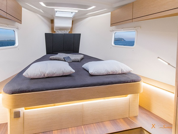 Luxury Sailing Yacht sleep cabin front