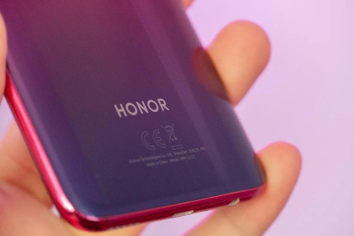Honor 8X vs Honor 20 Lite: Mid-range Smartphone Comparison